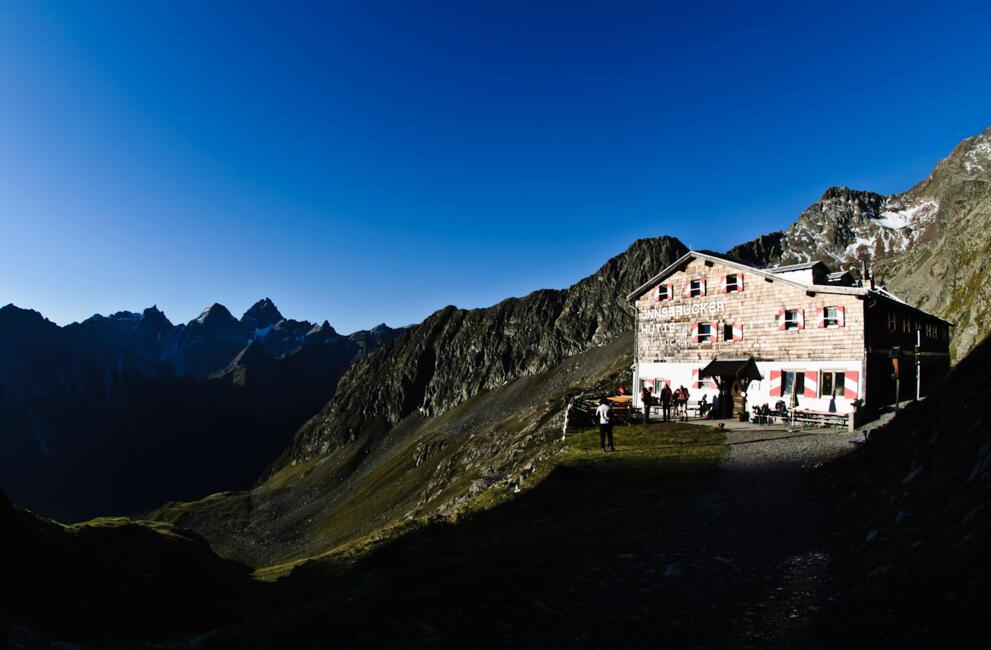 hotel with a alpine hut | © Hasibeder