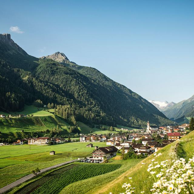 hiking hotel stubaierhof neustift