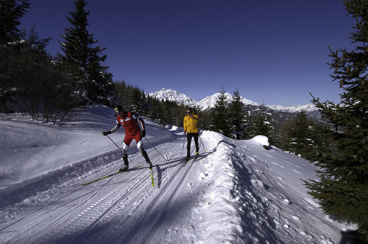 winter holiday stubaital tyrol cross country skiing