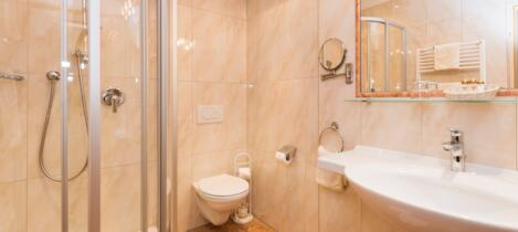 bathroom double room habicht