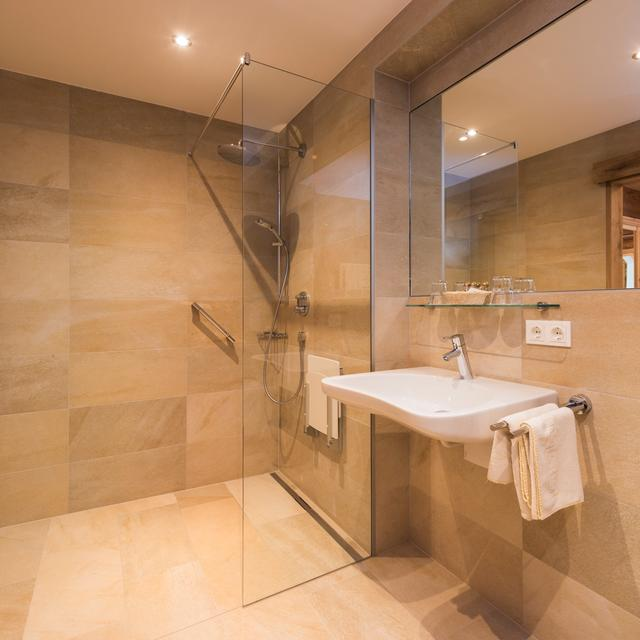 bathroom shower suite herzleben